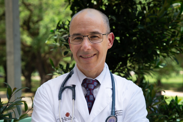 Photo of Bentley J. Bobrow, MD, who has joined UTHealth as chair of the Department of Emergency Medicine at McGovern Medical School. (Photo credit: Maricruz Kwon/UTHealth)