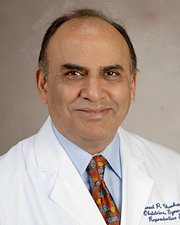 Photo of Suneet P. Chauhan, M.D., PHOTO CREDIT: McGovern Medical School, UTHealth