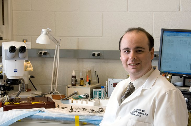 Photo of Sean Savitz MD who has been researching stem cell therapy for stroke for a decade. He is the global principal investigator for a therapy injected directly into the brain to treat chronic stroke disability. (Photo by UTHealth)